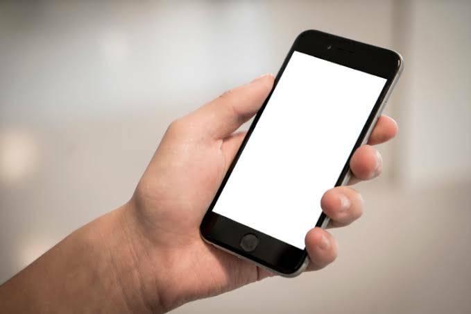 โทรศัพท์มือถือ คือ เทคโนโลยีที่มีความจำเป็นอย่างมากในชีวิตประจำวัน