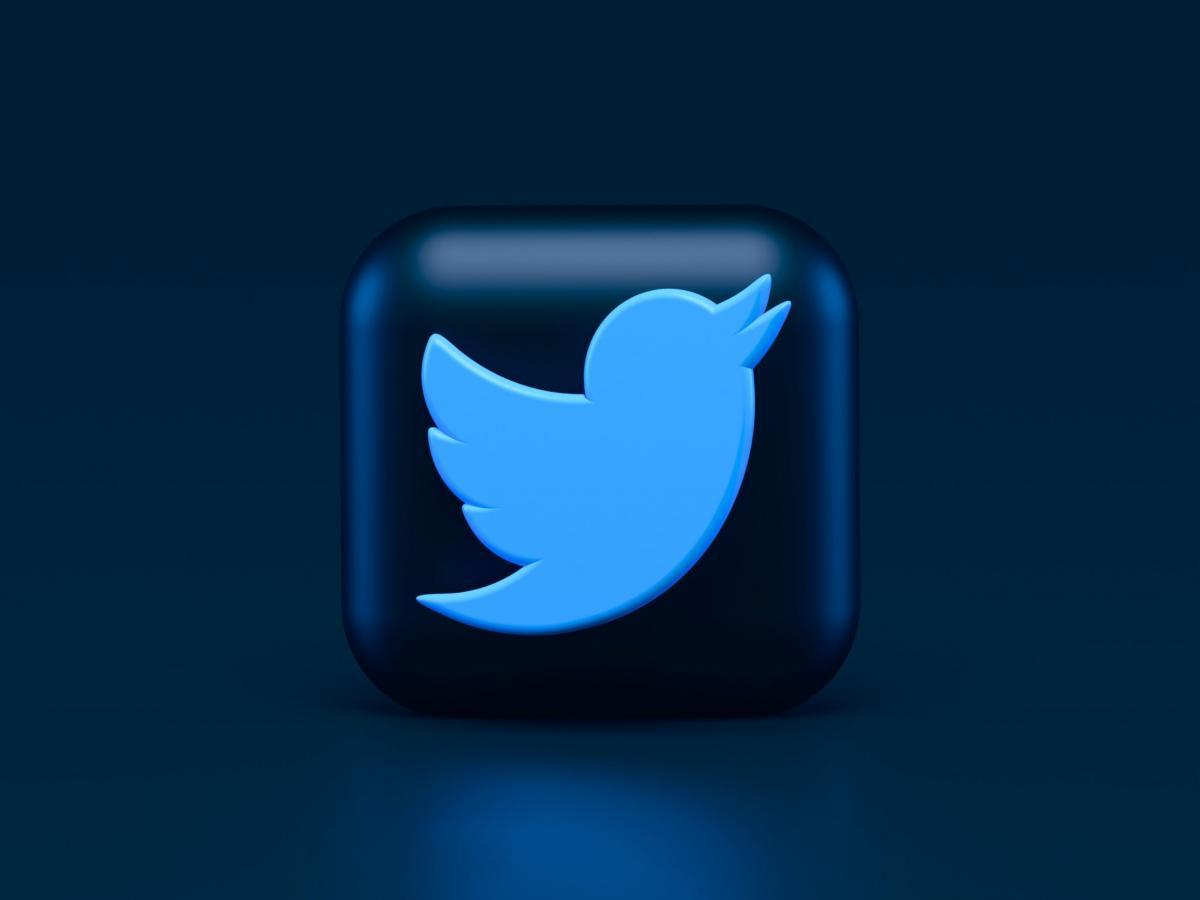 """Twitter"" แอพฯยอดนิยมที่เตรียมจะเปิดใช้งานรีแอคชั่นแบบ Emoji แล้ว"